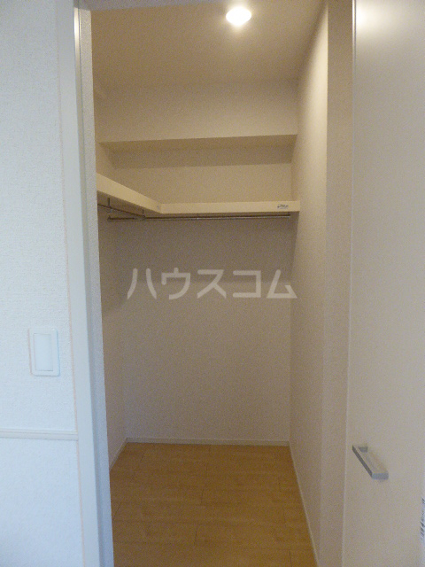 カーサ ブローテF 01020号室の収納