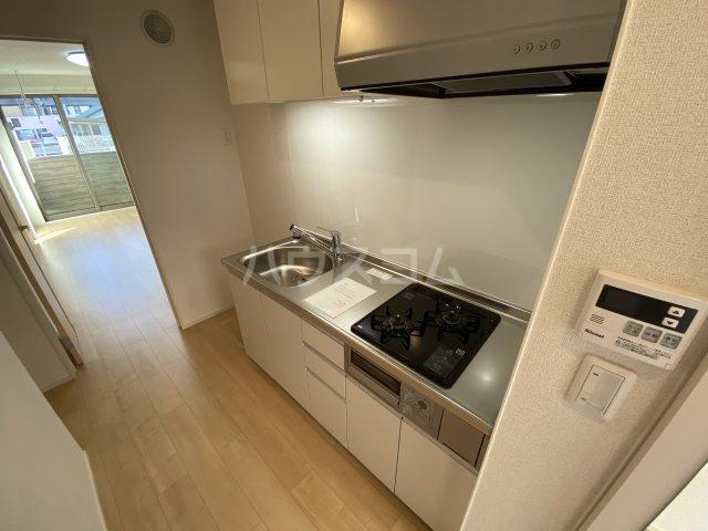 ツバキハイツ 106号室のキッチン