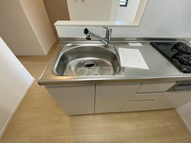 ツバキハイツ 201号室のキッチン