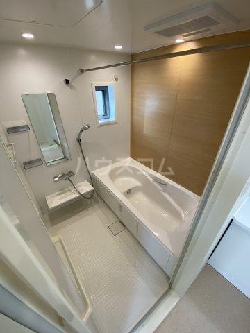 ツバキハイツ 201号室の風呂