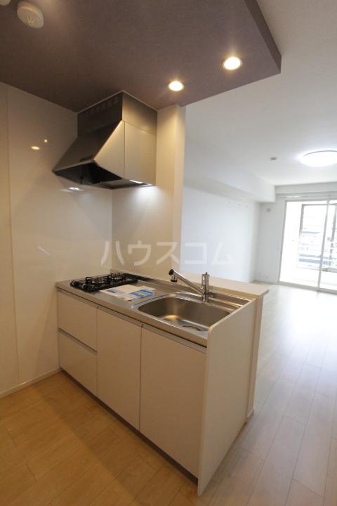 アンソレイユ市木 203号室のキッチン