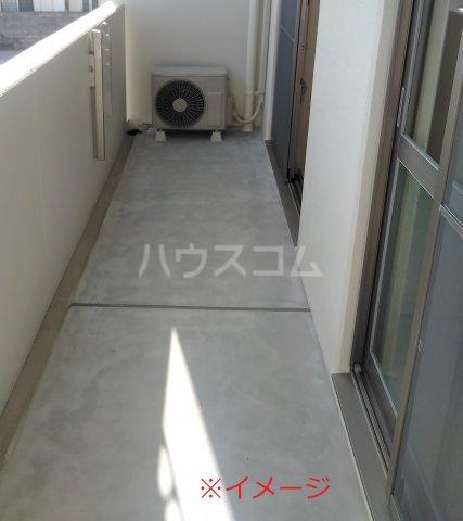 ティダ・エイソ 601号室のバルコニー