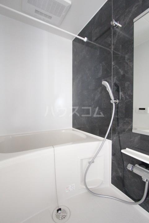 ベルアンジュⅡ 102号室の風呂