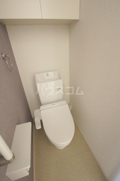 ベルアンジュⅡ 102号室のトイレ