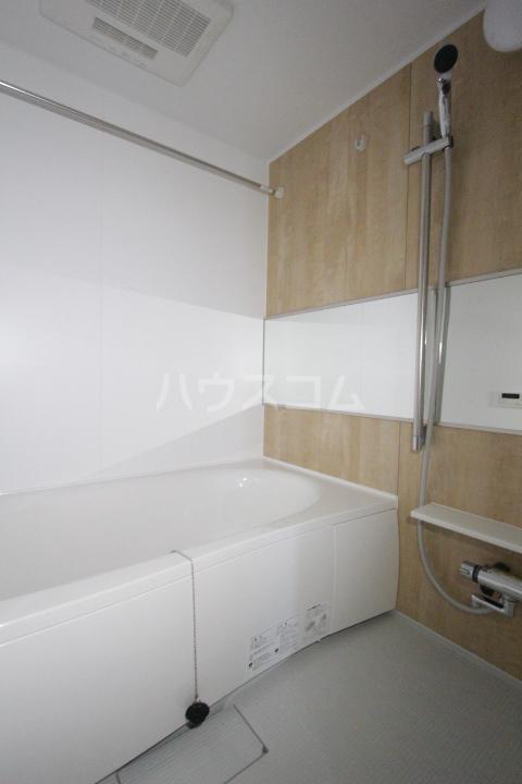 プリーアディーズ 102号室の風呂