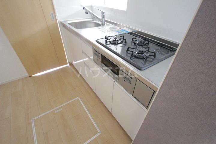 プリーアディーズ 102号室のキッチン