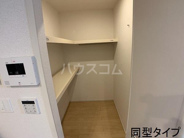 ベル アルカンシエル 303号室の洗面所