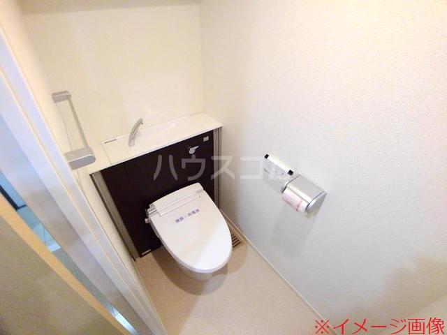 ソレイユメゾン 202号室のトイレ
