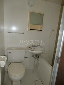 リバーサイド・シモゴー 206号室の洗面所