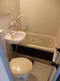 クレスパット大岡第5 202号室のトイレ