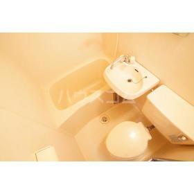 パティオ大岡 103号室のトイレ