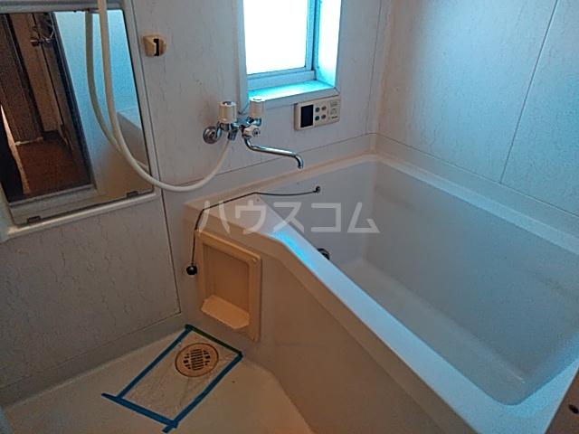 カーサ・アトリオ A棟 202号室の風呂