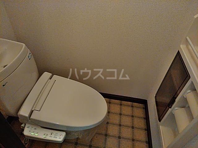 カーサ・アトリオ A棟 202号室のトイレ