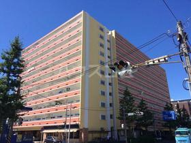 横浜森町分譲共同ビル 1106号室のエントランス