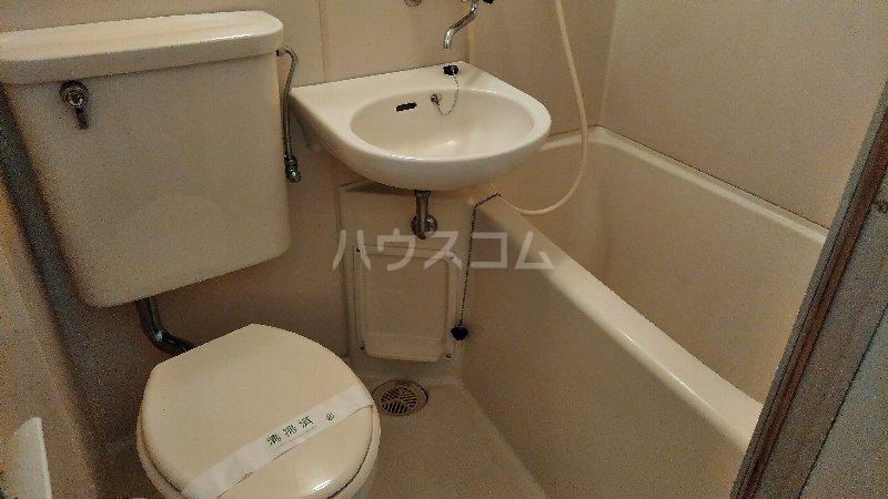 サンプラザ港南中央ⅡB棟 105号室の風呂