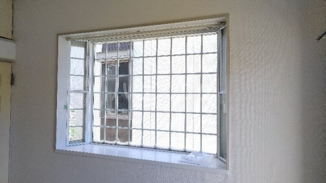 サンプラザ港南中央ⅡB棟 105号室のリビング