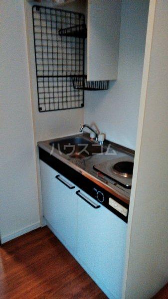 ステップス港南台 103号室のキッチン
