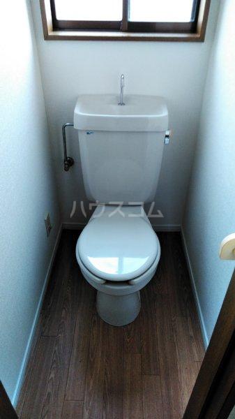 ステップス港南台 103号室のトイレ