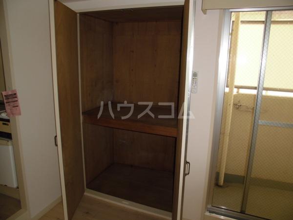 露橋ロイヤルハイツ I 5K号室の収納