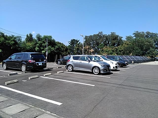 アンフルール 206号室の駐車場