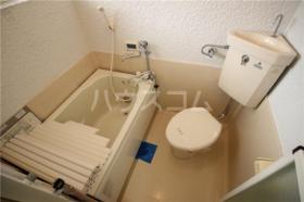ハイツ山室A 102号室のトイレ