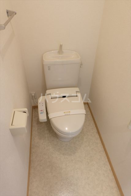 アネシス城北 B 303号室のトイレ