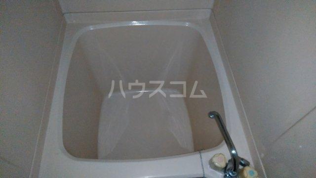 コーポ・リヨン 201号室の風呂