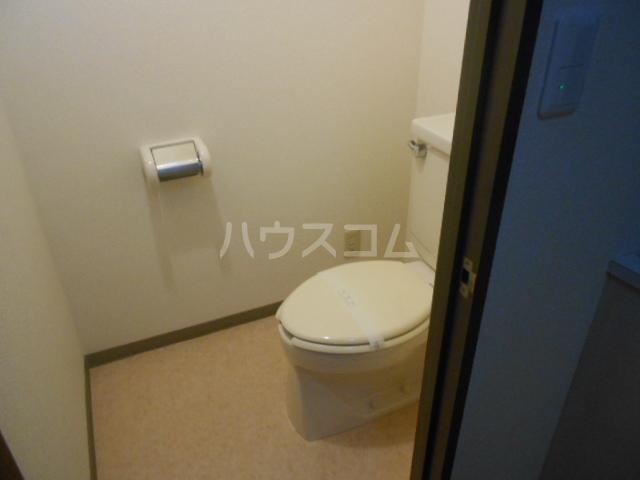 クレール上溝 105号室のトイレ