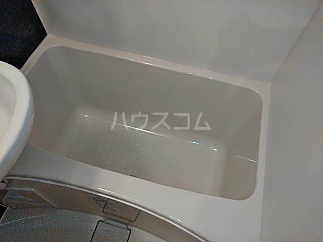 ユナイト根岸ヘルマン・ヘッセ 102号室の風呂