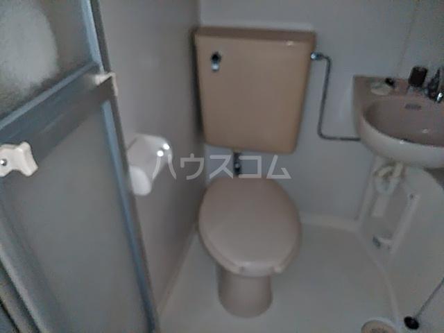 ベストンハイム元町 603号室のトイレ