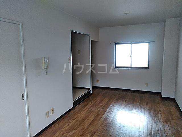 ベストンハイム元町 603号室の居室