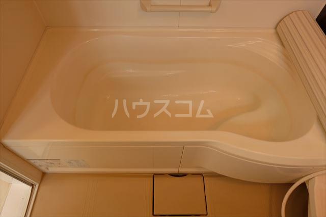 シャ・ペルサン Aの風呂