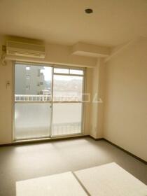 金沢八景相川ビル 402号室のベッドルーム