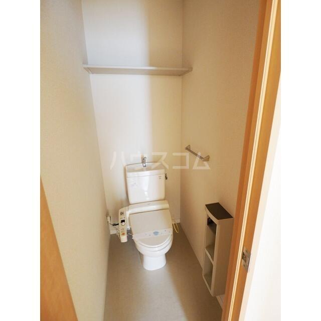 ボン・アヴァンセ 203号室のトイレ