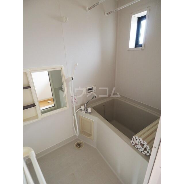 カルチェ C 201号室の風呂
