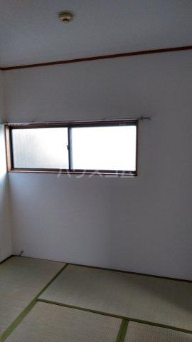 赤羽根荘 102号室の居室