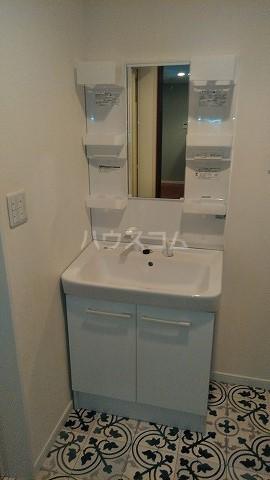 クローバーハウスB号棟の洗面所