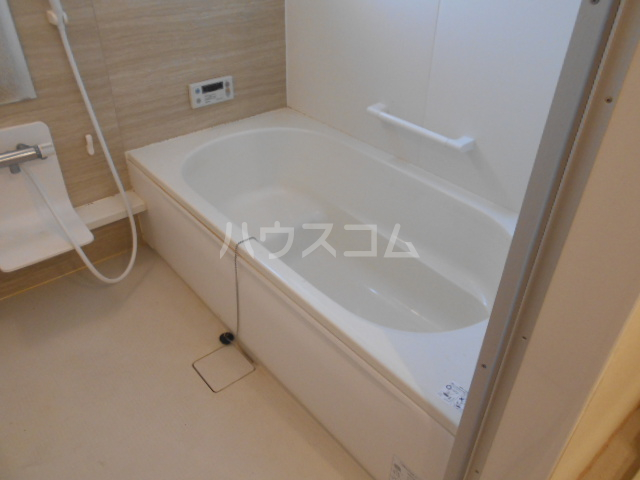 アーバンコート レガロ 202号室の風呂