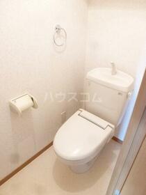 Y&M ASANUMA 201号室のトイレ