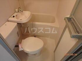 パレス富岡 101号室のトイレ