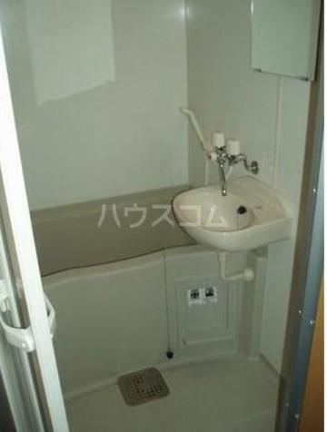 アークリーフ 102号室の洗面所