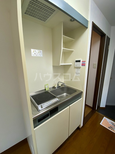 グローリアス 503号室のキッチン