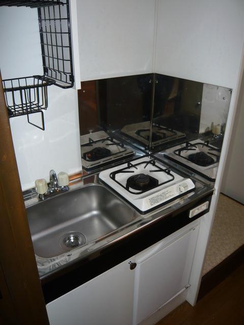 フラッツシバーズ 2-I号室のキッチン