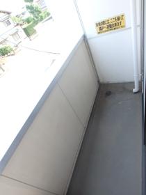 グランコート伊勢崎 204号室のバルコニー