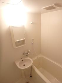 グランコート伊勢崎 204号室の風呂