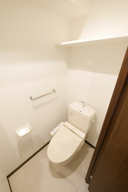 グラン・ソレイユ 104号室のトイレ