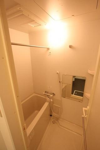音羽クリニックビル 802号室の風呂