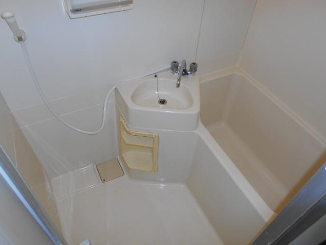 アーバンライフN 301号室の風呂