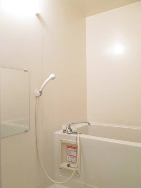 クレール稲城 103号室の風呂