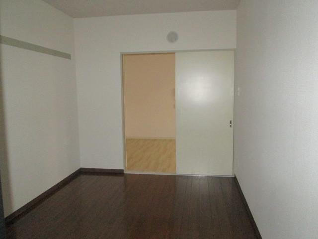 ロイヤル二俣川C棟 304号室のベッドルーム